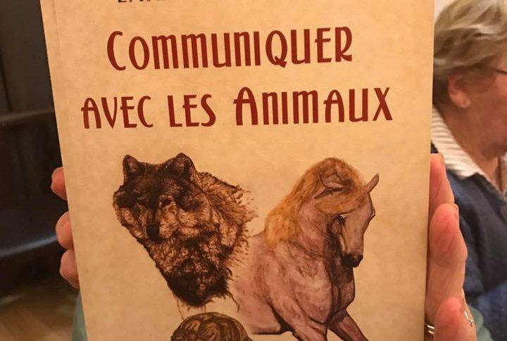 """Couverture du livre """"Communiquer avec les animaux"""""""