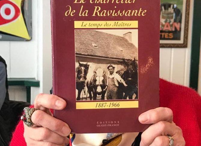 """Couverture du livre """"Le charretier de la Ravissante"""""""