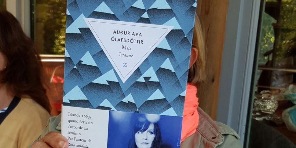 """Couverture du livre """"Adur Ava Olafsdottir"""""""