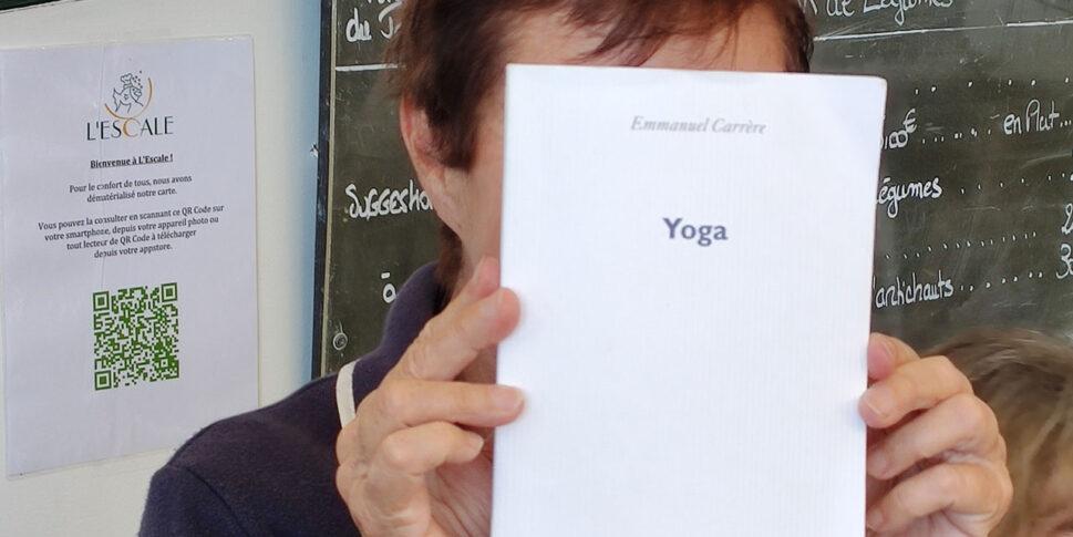 """Couverture du livre """"Yoga"""""""