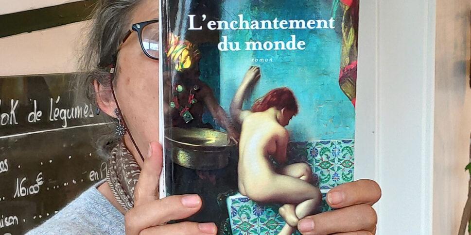 """Couverture du livre """"l'enchantement du monde"""""""