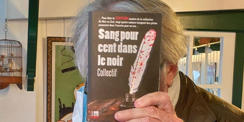 """Couverture du livre """"Sang pour cent dans le noir"""""""