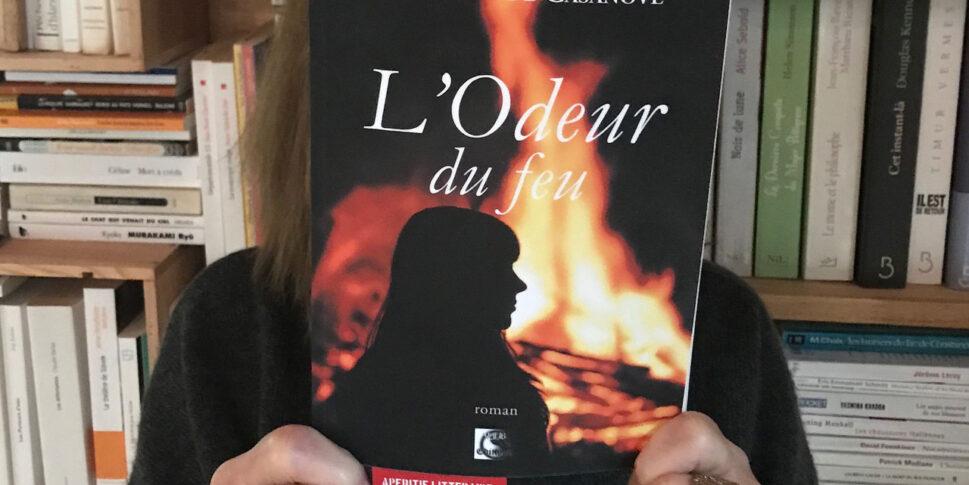 """Couverture du livre """"L'odeur du feu"""""""