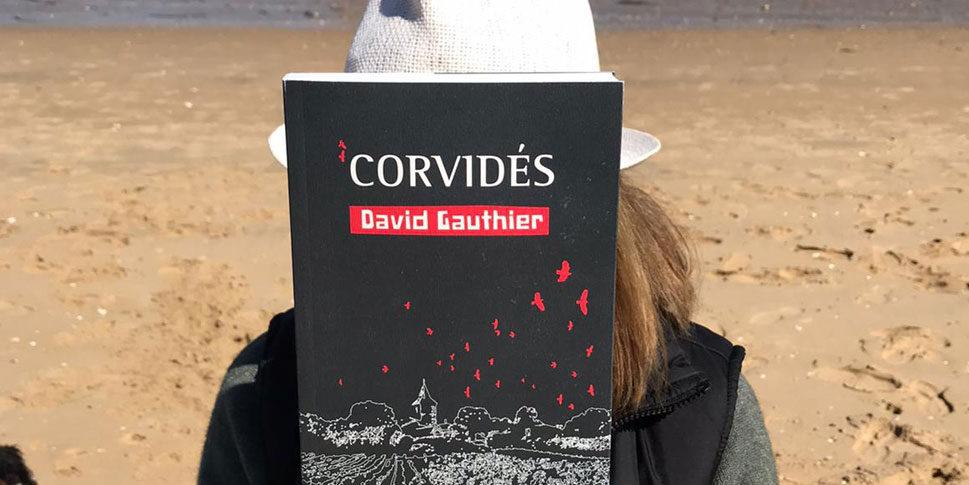 """Couverture du livre """"Corvidés"""""""