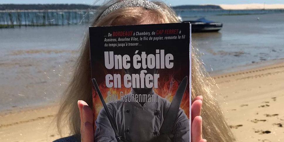 """Couverture du livre """"Une étoile en enfer"""""""