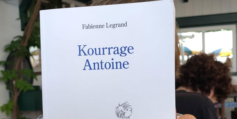 """Couverture du livre """"Kourrage Antoine"""""""