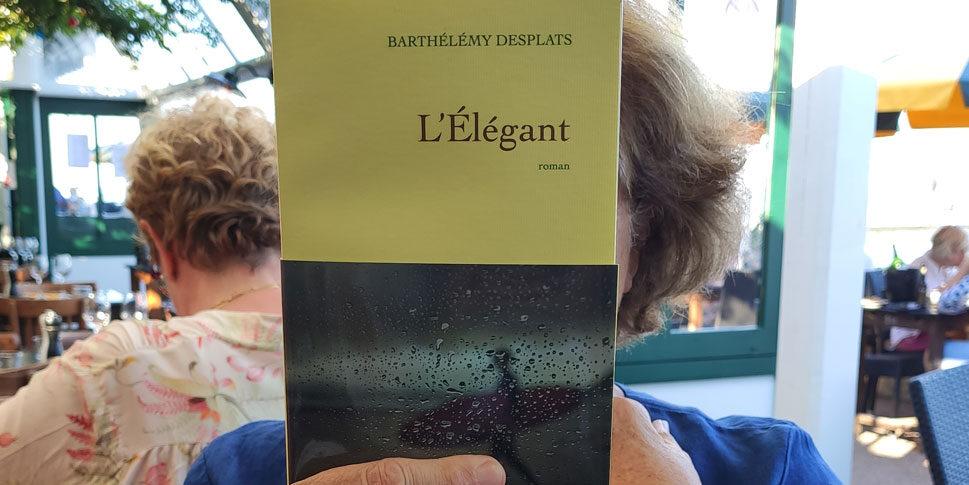 """Couverture du livre """"L'Elegant"""""""